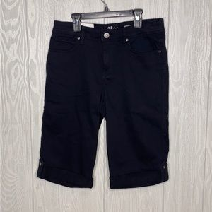Style and Co black skimmer shorts